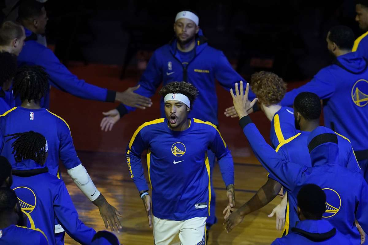 Curry wspiera Oubre