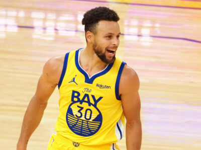 53 punkty Stephen Curry vs Nuggets 2021