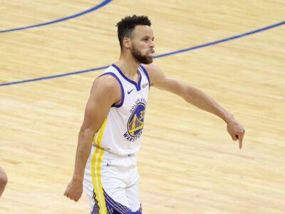 Stephen Curry - 49 points vs 76ers 2021