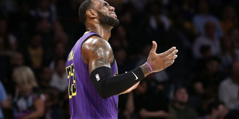 LeBron James play-in Los Angeles Lakers 2021